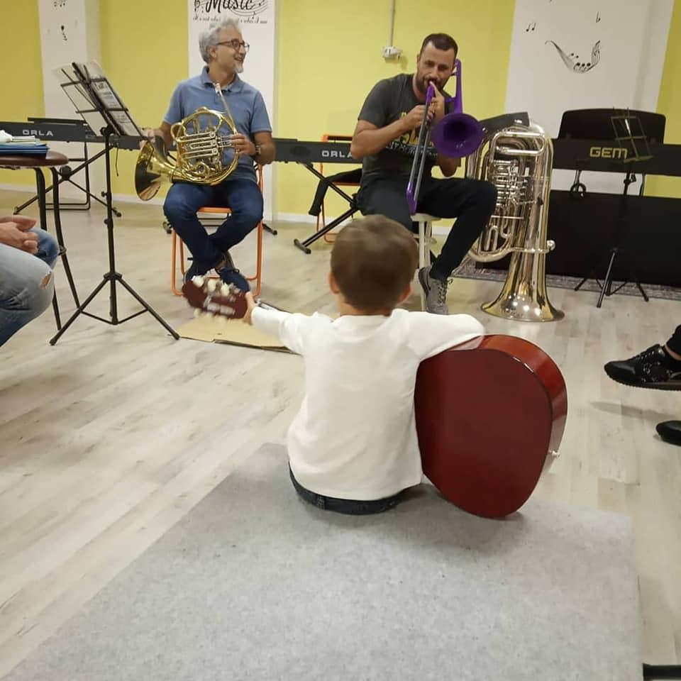 Scuola di Musica Roma   Si Fa sul serio già da 4 anni all'Istituto musicale Corelli